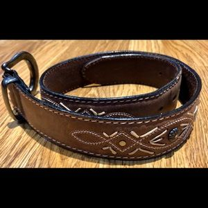 LEATHER BROWN HAND TOOLED BELT SIZE XS - EUC